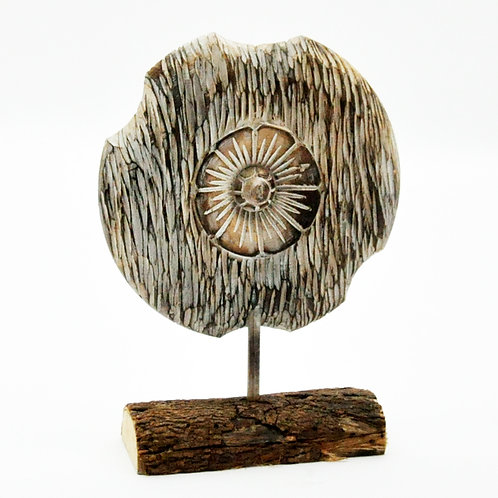 LGE WOODEN FLOWER ON STAND  28cm D