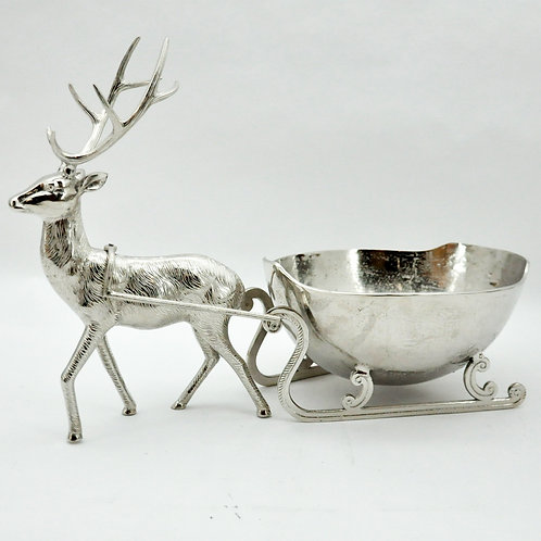 32CM REINDEER SLEIGH WITH ICE BOWL