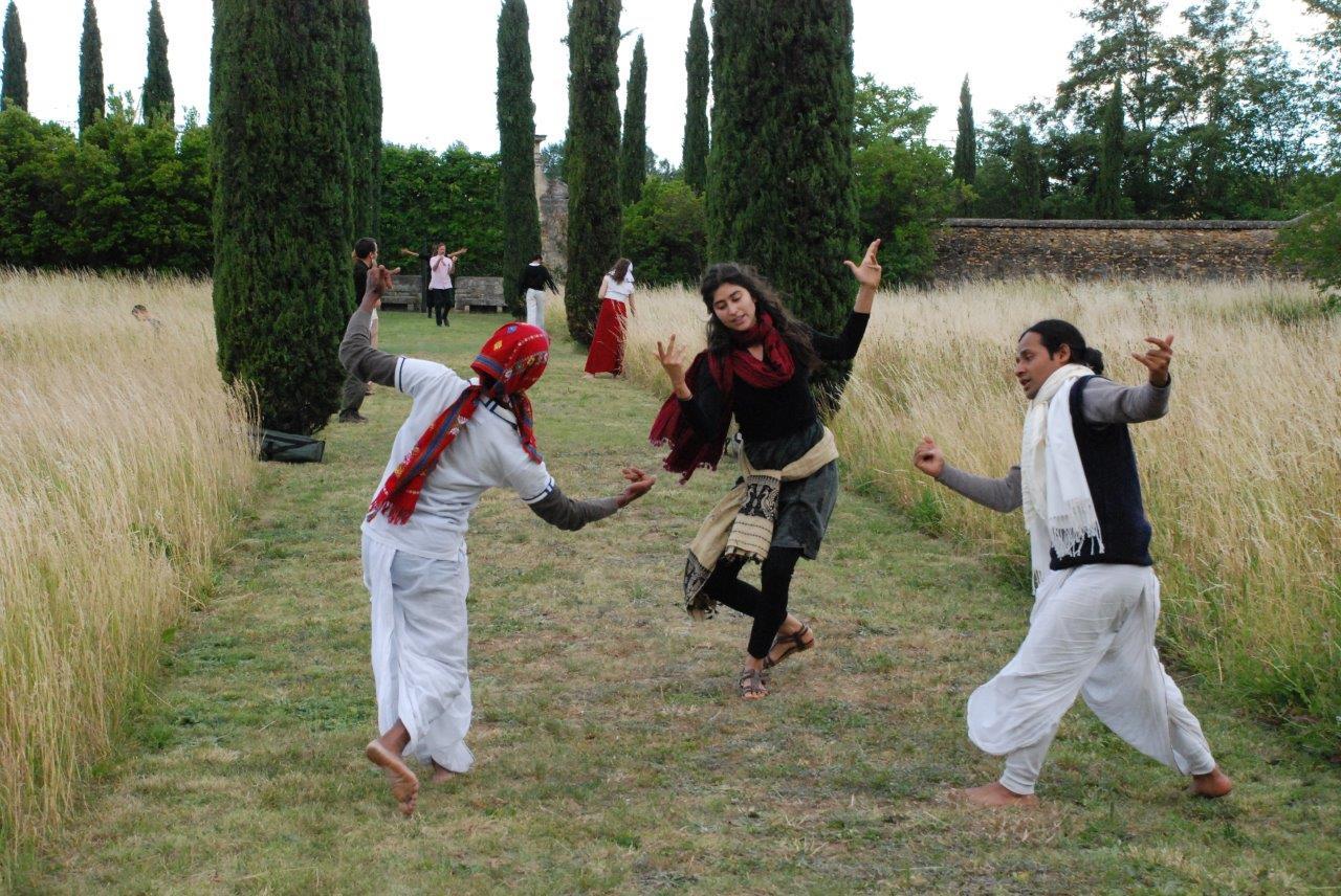 danseurs de Manjuli- III
