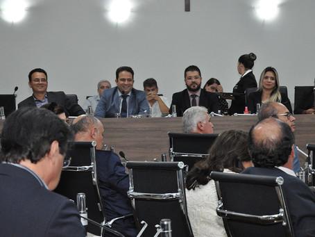 Prefeito destaca mudanças na saúde durante prestação de contas aos vereadores