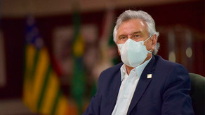 """""""São vidas, não números, são histórias interrompidas pela pandemia"""", diz Caiado"""