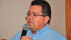 Edson Tavares desiste de candidatura a prefeito de Anápolis