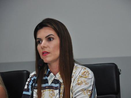 Thaís Souza dá prazo para saída do PSL caso sigla permaneça inerte em Anápolis