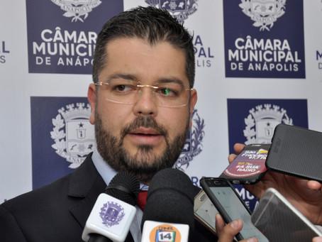 """""""Vereador Domingos deve ter alta no fim de semana"""", diz Leandro Ribeiro"""