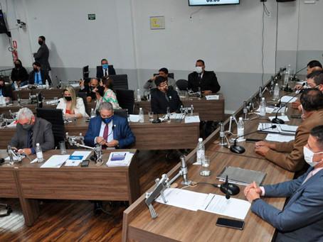 Câmara de Anápolis aprova multa para quem provocar aglomeração