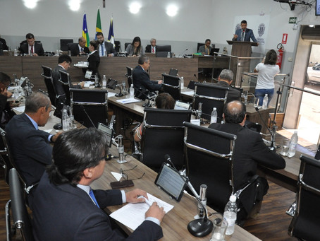 Câmara de Anápolis adia eventos e restringe acesso a sessões
