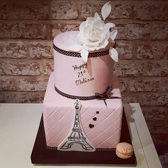 I love this pretty in pink Paris themed