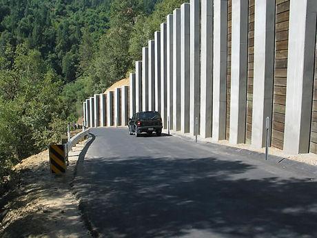 14 8-02-06_lower roadway view of new guardrail, Soldier Pile Wall_jpg.jpg