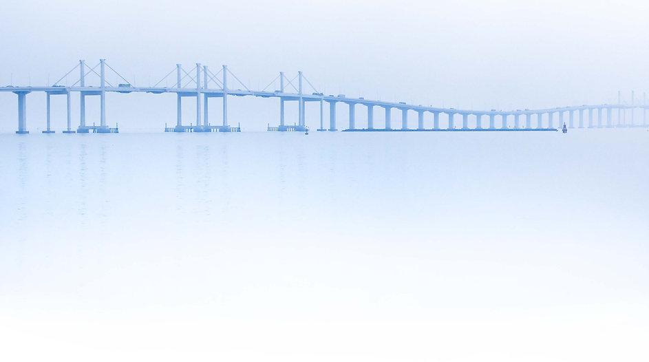 Puente Hong Kong_lw.jpg