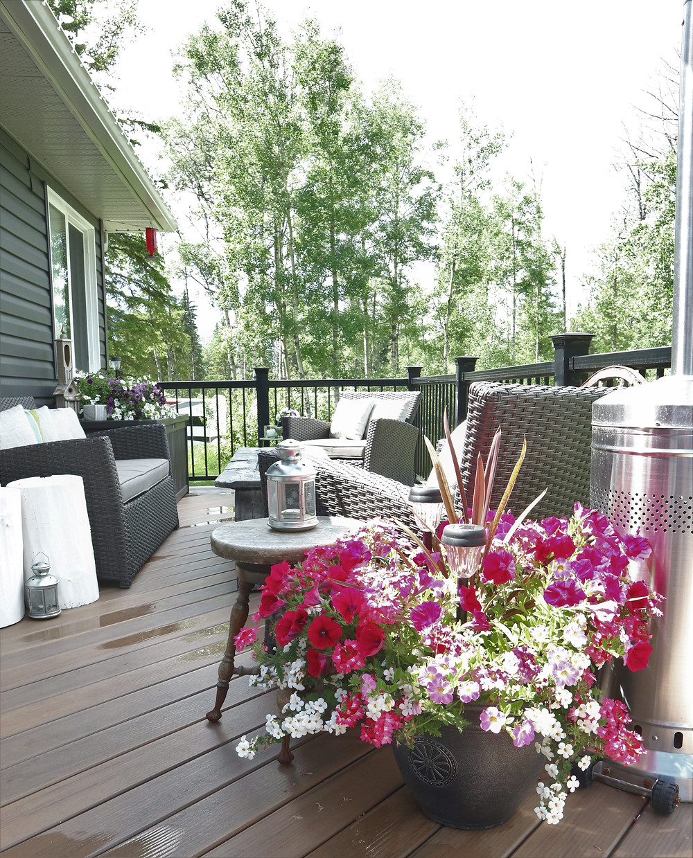 summer hygge, outdoor living space
