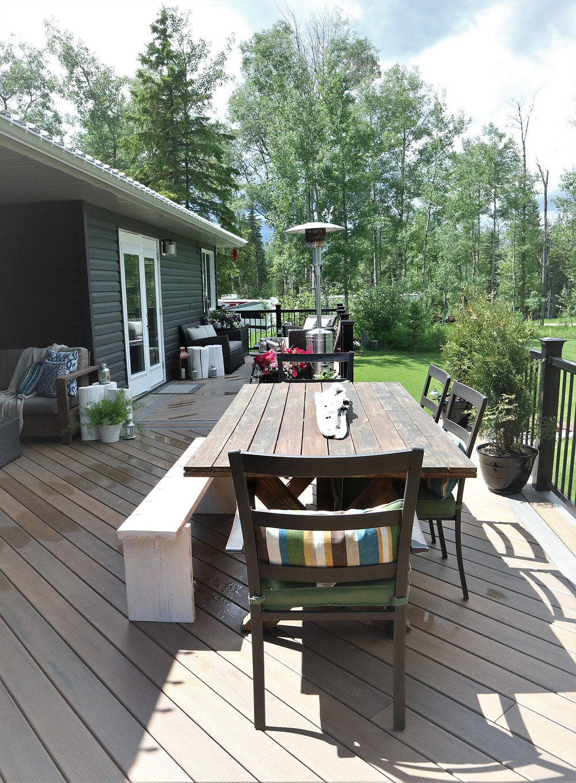 summer hygge deck