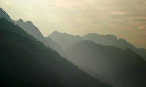 monochromatic-landscape.jpg