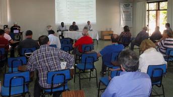 Trabalhadores das empresas de Ater discutem setor com dirigentes da Asbraer