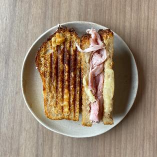 mixto - ham & cheese sandwich -  s/.19