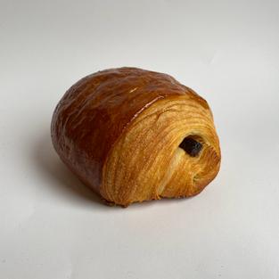 pain au chocolat s/.9