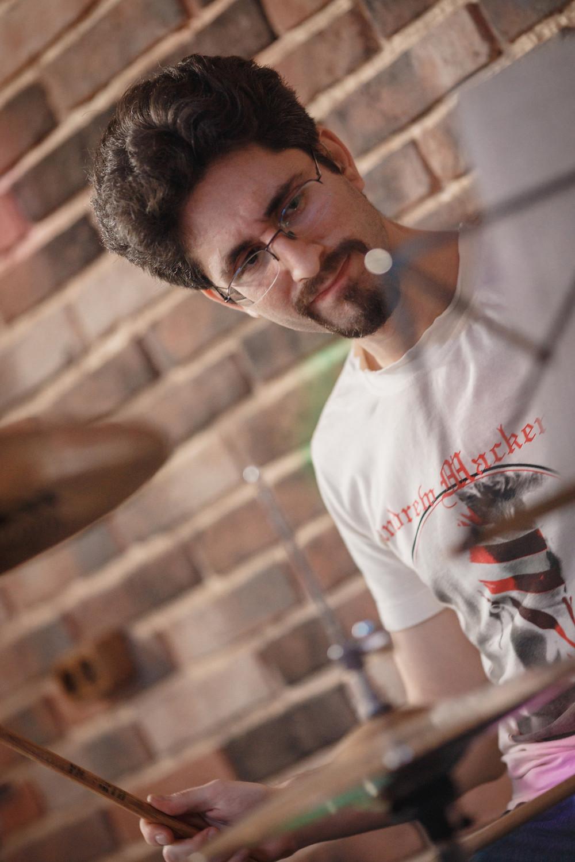 Владимир Шейнин - барабанщик группы Выстрел.