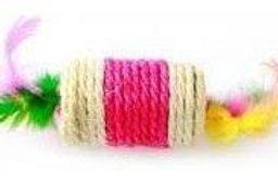 Rolo sisal com pena (cores variadas)