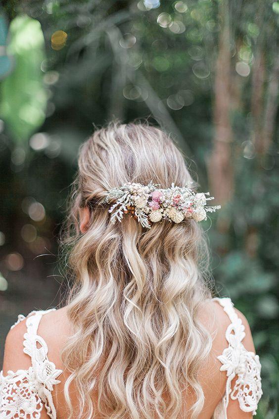 Penteado da Noiva para Casamento na Praia   Semi Preso