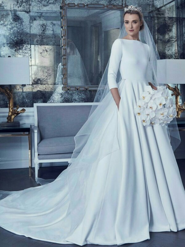 Vestido de Noiva Modelo by Romona Keveža Bridal