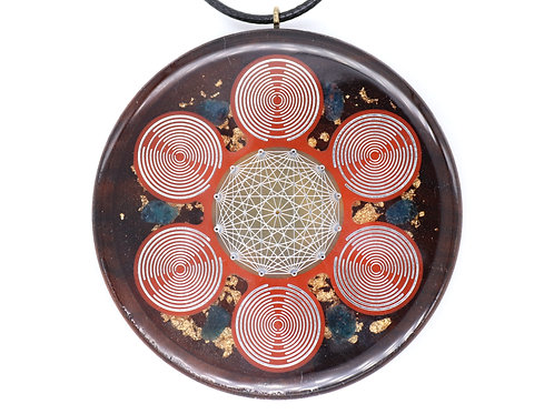 Orgone pendant with Lakhovsky MWO and tesseract