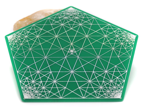 Crystal grid with golden ratio