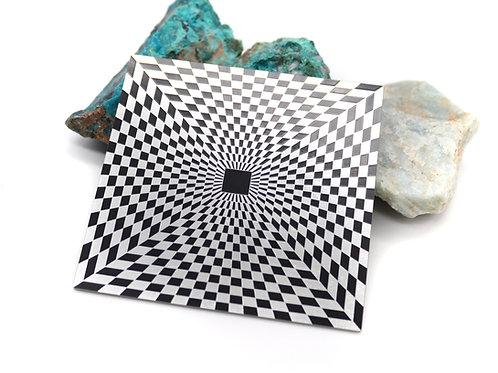 Pyramid pranic energy plate