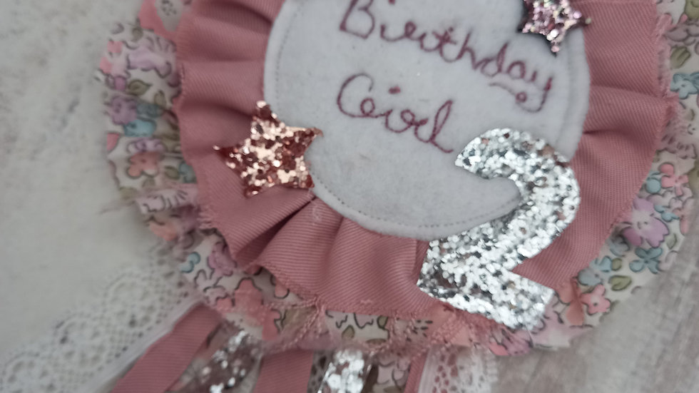 Birthday girl badge with number of choice