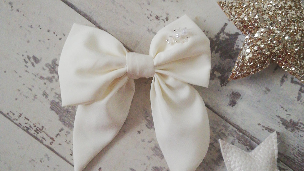 Midi sailor bow embroidered bead detail