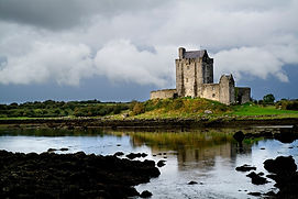 Dunguaire-Castle-Galway.jpg