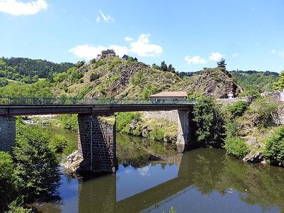 Goudet :entre Massif central et Ardèche