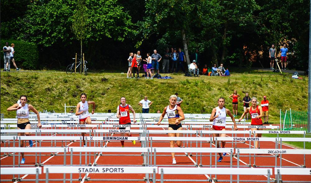 Huge battle in the Women's 100mH