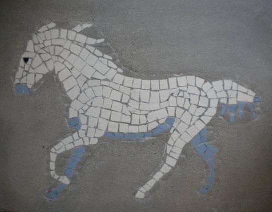 "Wandmosaik-Trittplatte ""Pferd"""
