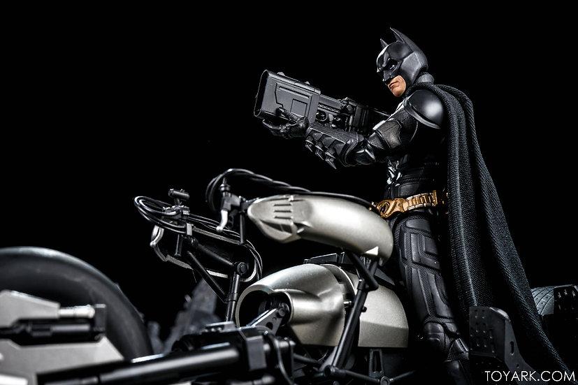 "Bat Pod ""The Dark Knight"" Bandai SH Figuarts"