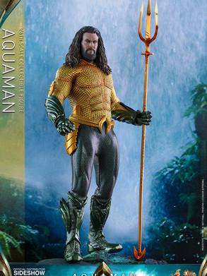 Aquaman 1/6 by Hot Toys