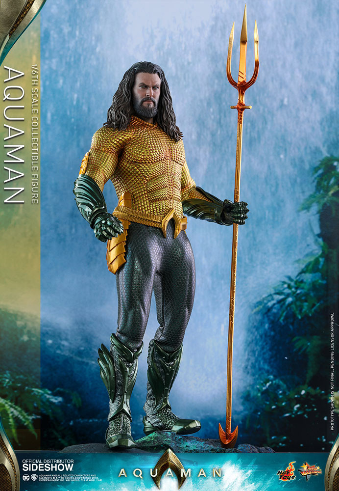 Aquaman 1/6 by Hot Toys