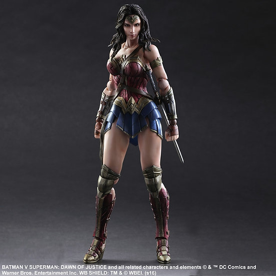 Wonder Woman B vs S Play Arts