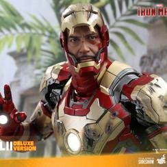 iron-man-mark-xlii-deluxe-version_marvel_gallery_60c2ebebb7270.jpg