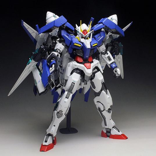 Gundam 00 Raiser Bandai 1/100 MG