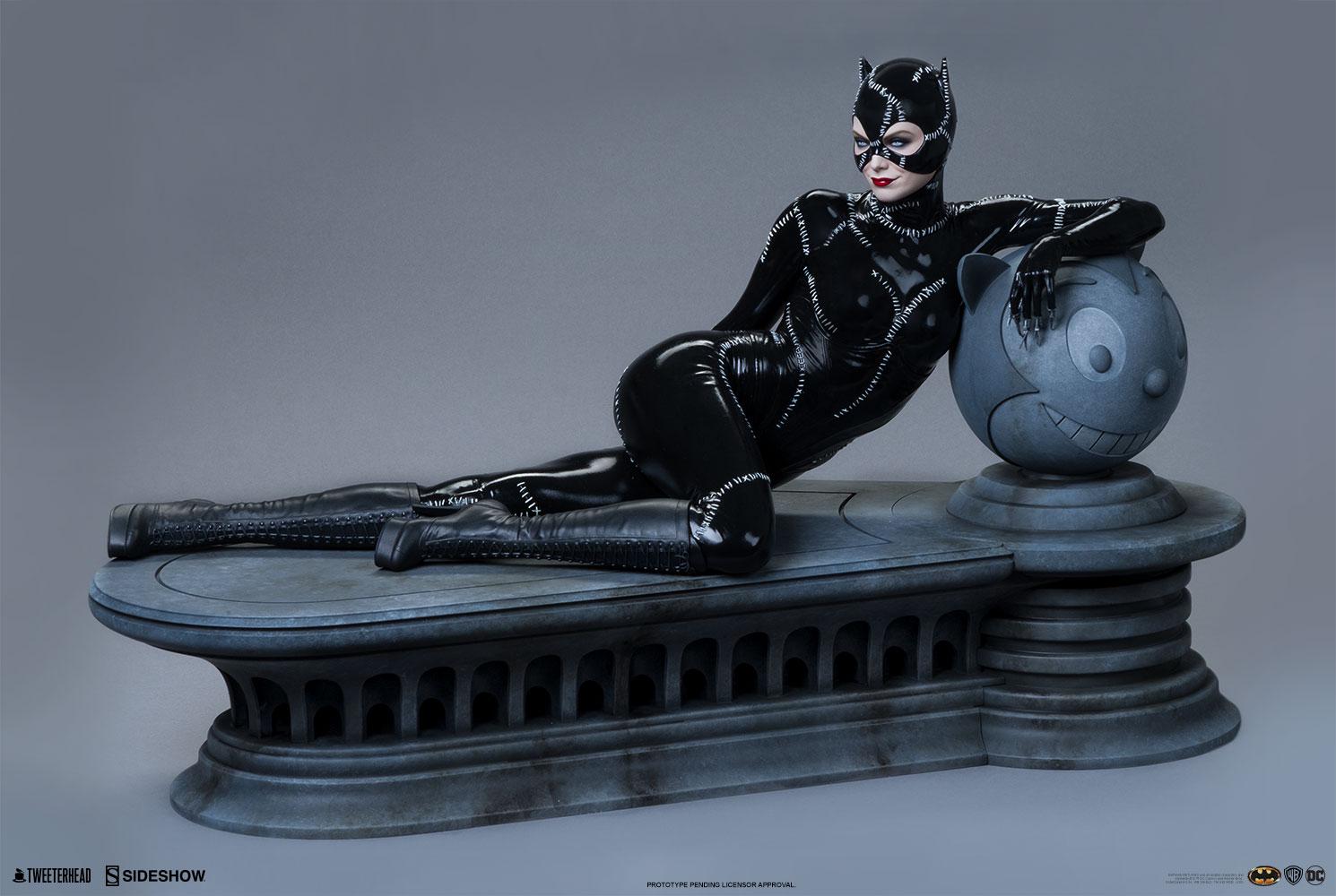 catwoman_dc-comics_gallery_5fac66df8d142