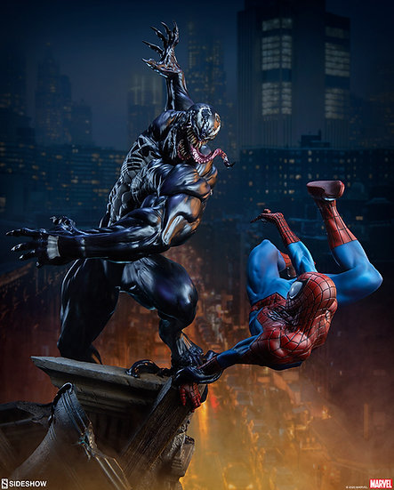 Spider-Man vs Venom Maquette by Sideshow Collectibles