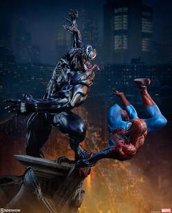 spider-man-vs-venom_marvel_gallery_5ecfd