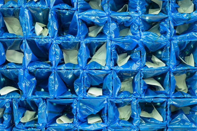 Blue bags for spice wrapping and keeping fresh