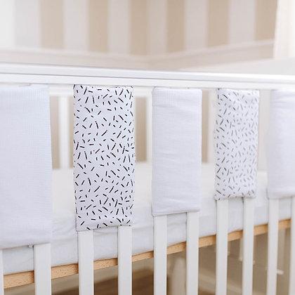 שישה מגני סורגים למיטת תינוק - קונפטי