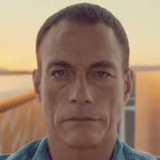 הפיסוק המפורסם של וואן דאם: קמפיין Volvo