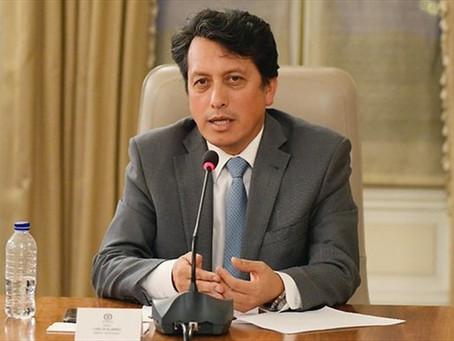 Carlos Álvarez, el médico que representará a Colombia en la lucha contra el Coronavirus