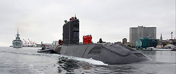 HMCS Windsor, Dec 2015 (Photo: DND)