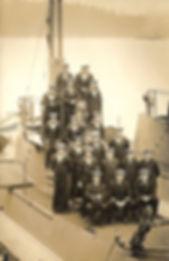 Early crews of CC1-2 in Esquimalt, 1914 (Cdr BE Jones, RN, collection)