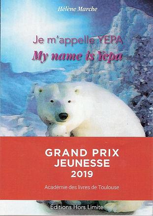 """Je suis née quelque part dans le Grand Nord canadien. Pour des raisons de survie, avec ma mère, j'ai passé mes deux premières années à Churchill, la Cité des Ours Polaires, dans la région du Manitoba. Ma rencontre avec un enfant Inuit, Yuma, a changé le cours de ma vie. Il m'a """"baptisée"""" Yepa. Mon histoire d'ourse polaire est peu banale : je me suis retrouvée dans les Pyrénées avec de nouveaux amis, Filou, Titou, Casse Noisettes et Bouba, un ours brun très séduisant..."""