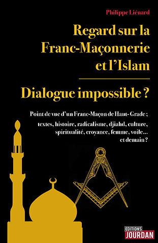 La franc-maçonnerie n'est pas «une», mais «diversité»; il en va de même pour l'islam; la tradition s'accommode-t-elle de la modernité? La maçonnerie, ensemble de laboratoires de pensée libre, ambitionne l'amélioration de l'humanité au travers celle de soi par la réflexion, la recherche spirituelle voire l'analyse sociétale; l'islam semble nourrir un projet de société d'amour à travers des valeurs spirituelles; induit-il paix ou la soumission belliqueuse? L'auteur, franc-maçon de haut-grade, se plonge dans les origines de la franc-maçonnerie et de l'islam par les textes, rappelle les circonstances de leur propagation respective et leurs relations d'hier et d'aujourd'hui à la lumière des penseurs éclairés, de la décolonisation, et du jihad; il jette un regard libre constructif tant sur la maçonnerie que sur l'islam.   En terme d'analyse philologique et donc non théologique, l'islam est-il la dernière religion révélée? Allah aurait-il été d'abord un dieu de Babylone, principe masculin d'un binôme? Mahomet était-il un conquérant? Du point de vue maçonnique humaniste, l'islam né au VIIe siècle, éclairé puis figé, doit-il se moderniser au XXIe siècle et se repenser?  Religion, croyance et culture, doivent-elles être confondues?  Quel regard d'un franc-maçon au sujet du voile, de la burqa, du burkini à la mode? Quelle place pour les femmes en franc-maçonnerie et dans l'islam? Radicalisme, rôle de la culture et de l'éducation? Allah, le Grand Architecte de l'Univers, la Sagesse ancestrale, la Vérité ultime et unique, quid? Un universalisme spirituel est-il envisageable? Quel dialogue? Est-il possible d'être de culture ou de foi musulmane et franc-maçon? L'auteur rappelle, sans tabou, des points de compréhension à destination de tous, musulmans, maçons ou autres, qu'ils soient agnostiques, croyants ou athées. L'ouvrage se veut œuvrer à la compréhension, et bien plus, tente de défricher les idées reçues, de semer les graines d'une cohabitation enrichissante par sa diversité n