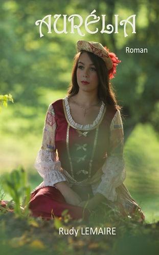 En 1858, Aurélia Kovac, une jolie fille en fleur à l'aube de ses 18 ans s'en revient d'un pensionnat français.    Son père, un brillant homme d'affaires, l'y a placée au décès de sa mère.    Au cours de ce voyage vers sa Hongrie natale, Aurélia va vivre une aventure qui va changer sa vie.